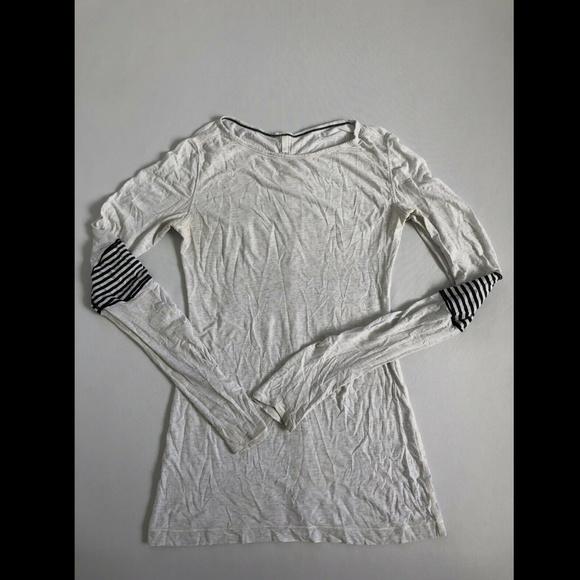 Lulu Lemon Women's White Long Sleeved Athletic Top